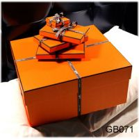 Read more: Orange Gift Boxes