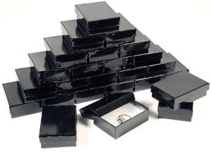 Small black jewellery gift boxes